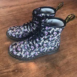 Dr Martens floral combat boots flowers uk4 us6